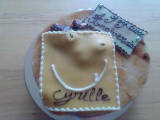 The team prepared the cake